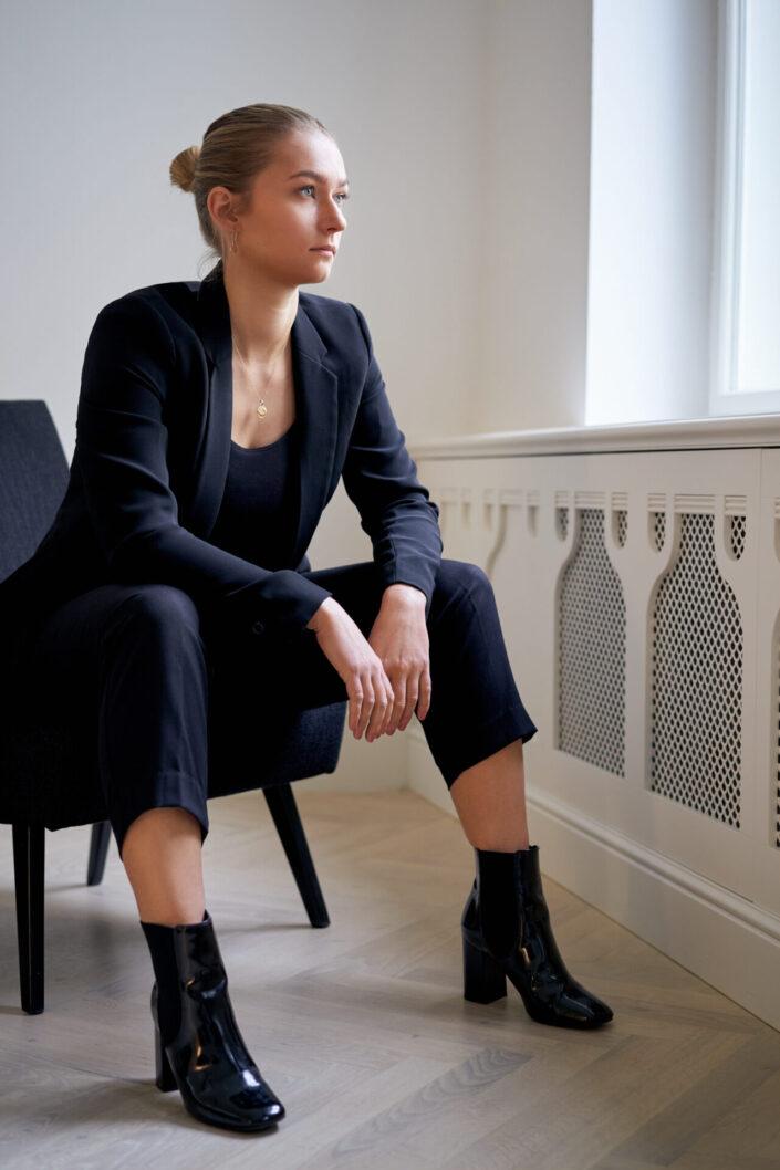 Sarah, Business, Portrait, Indoor, 7