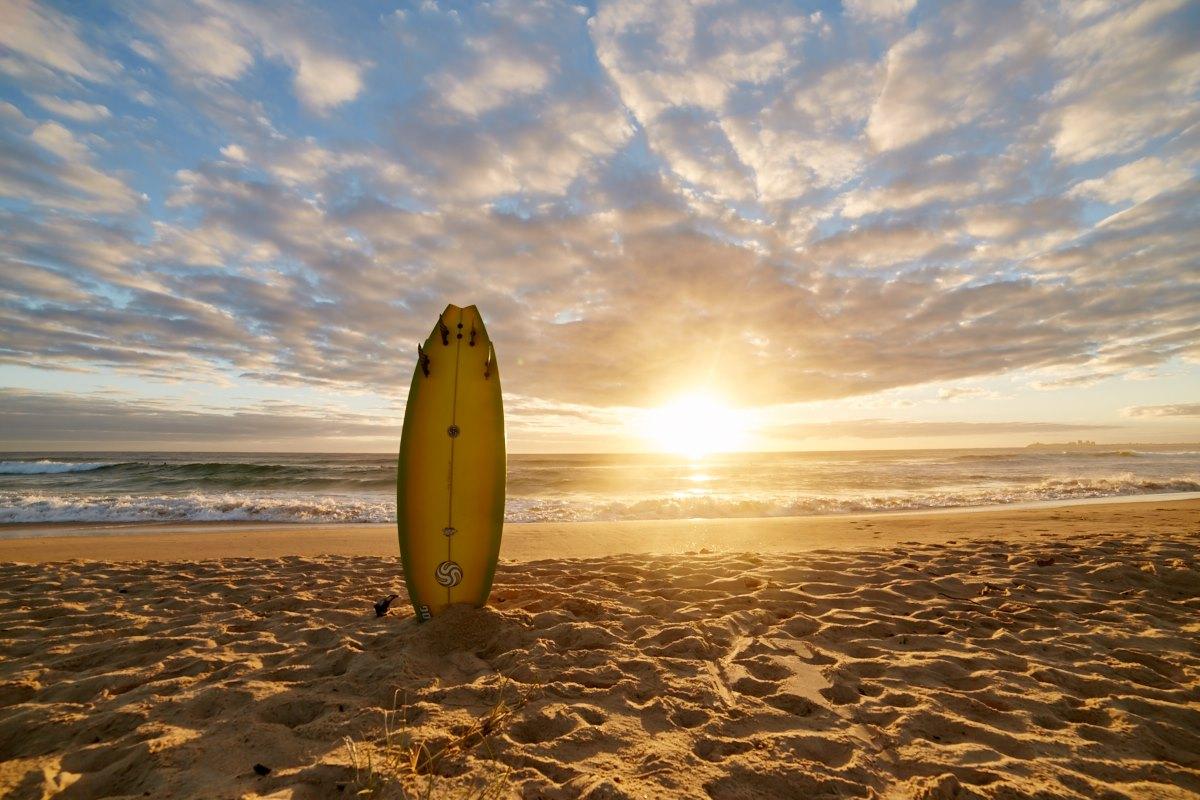 australien-20, surfbrett, sonnenaufgang, strand, sonne, sand, meer