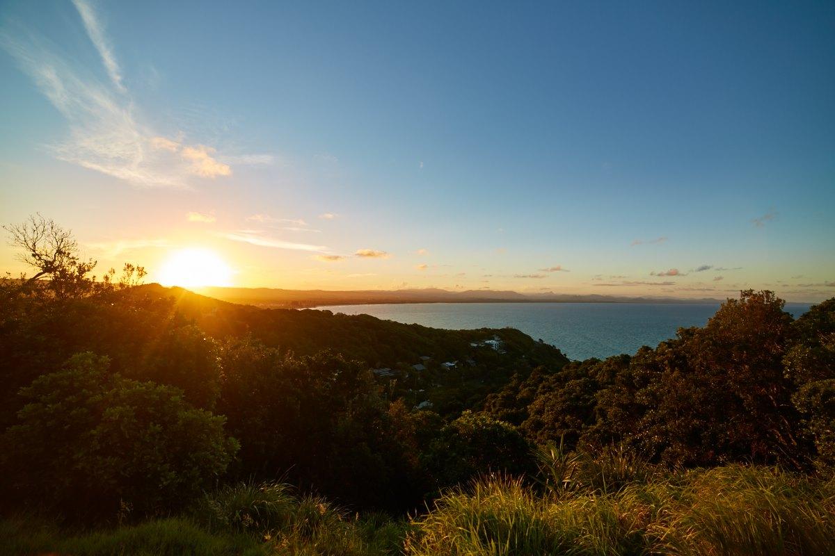 australien-12, landschaft, sonne, gegenlicht, bucht